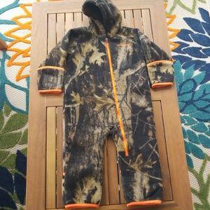 Columbia Boys 18-24 months fleece onesie
